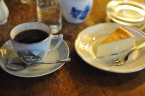 アンセーニュダングル コーヒーとケーキ
