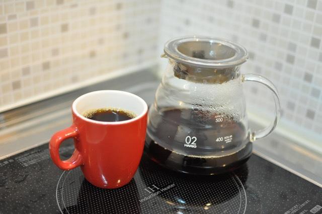 ネルドリップで抽出したコーヒー