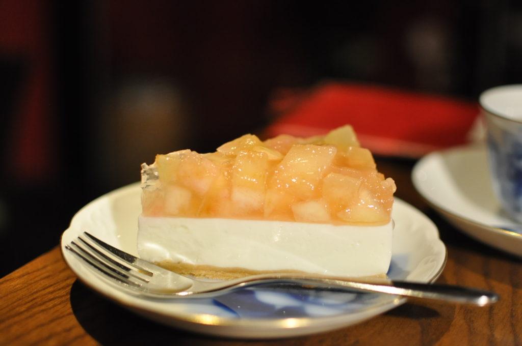季節のレアチーズケーキ