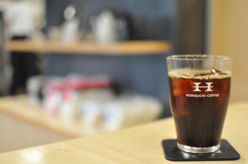 6番ブレンドのアイスコーヒー