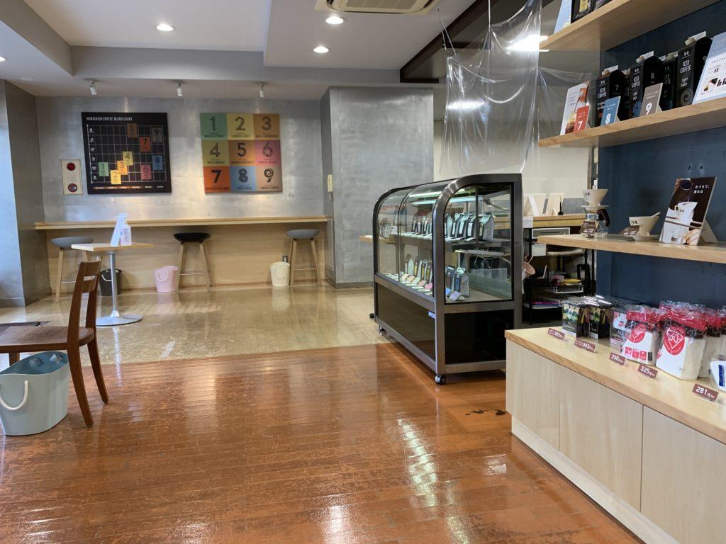 堀口珈琲狛江店の店内の様子