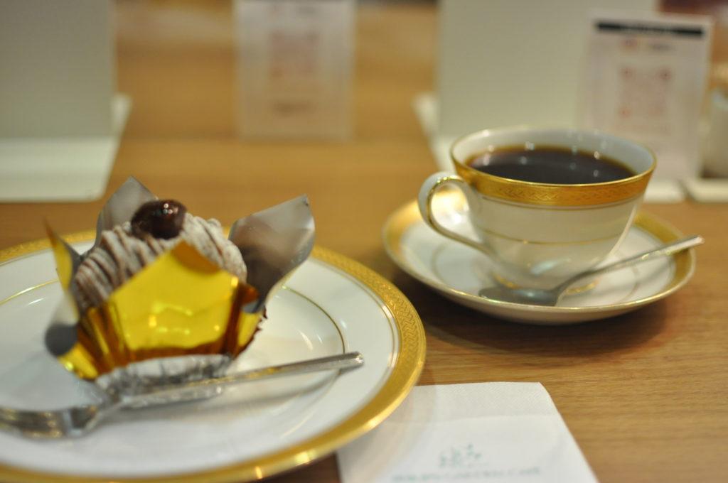 コーヒーとモンブラン