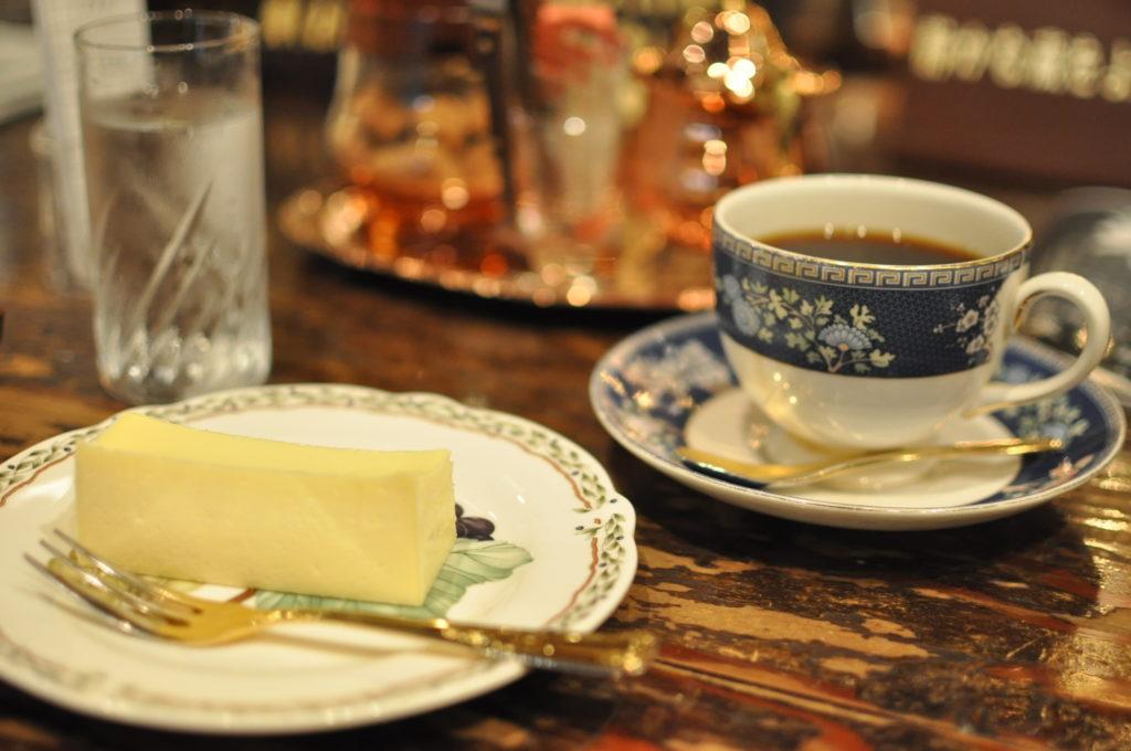 コーヒーとチーズケーキ