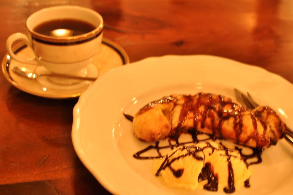 バナナパイとコーヒー