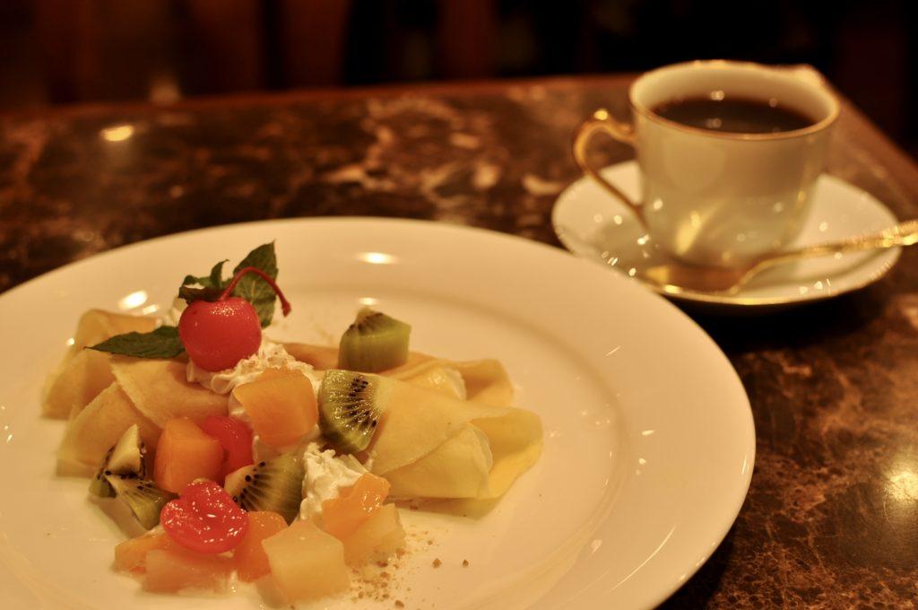 バナナクレープとコーヒー