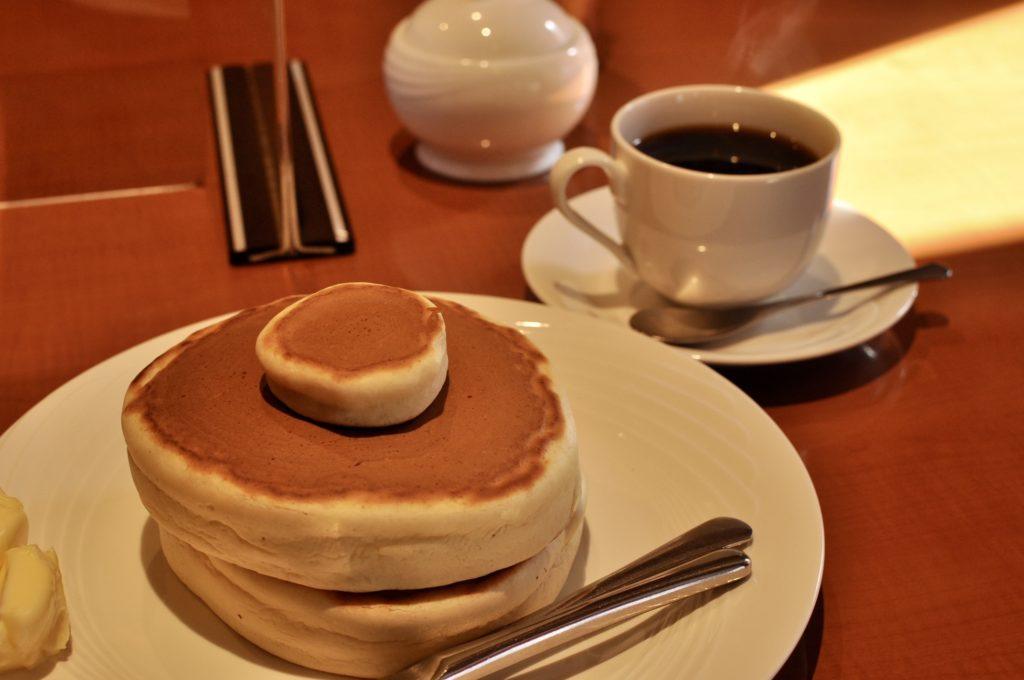 コーヒーとホットケーキ
