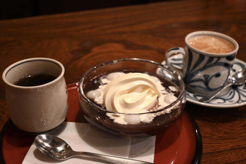 白玉クリームぜんざいとコーヒー