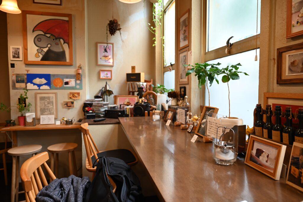 豆電COFFEEの店内